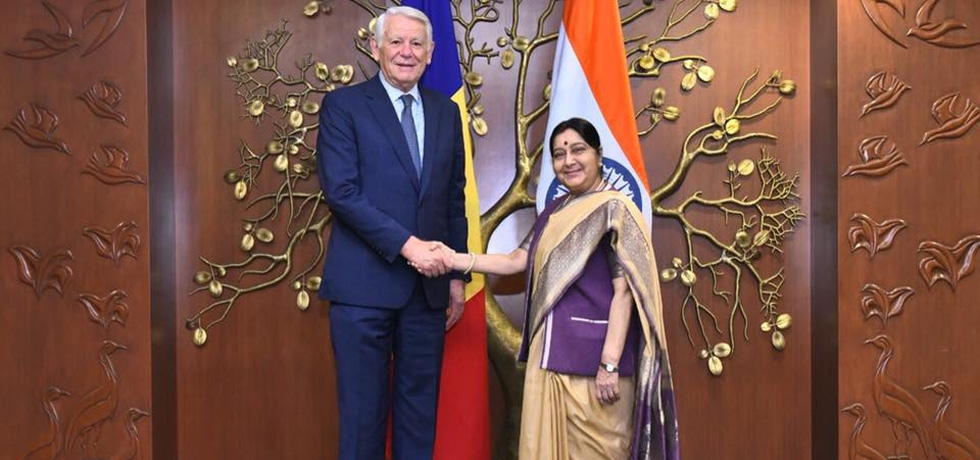 Minister of Foreign Affairs of Romania H.E. Mr. Teodor Melescanu meets Minister of External Affairs of India H.E. Mrs. Sushma Swaraj (New Delhi, 26th November 2018)
